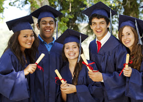 Ideas for Graduation Gifts for High School Seniors