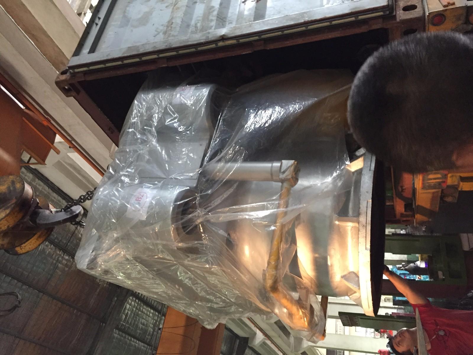 Hydraulic foaming press machine
