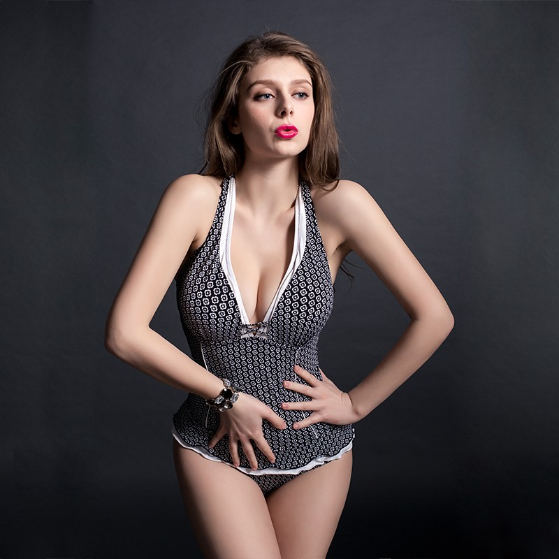 swimsuits and bikinis Manufacturers, swimsuits and bikinis Factory, Supply swimsuits and bikinis