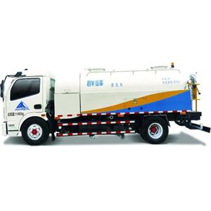 Water Cleaning Truck