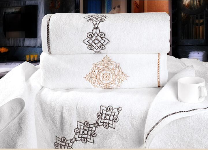 hotel towel (1).jpg