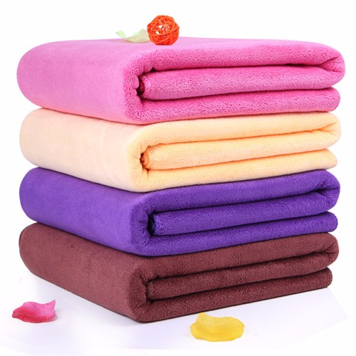 100% microfiber towel with solid color