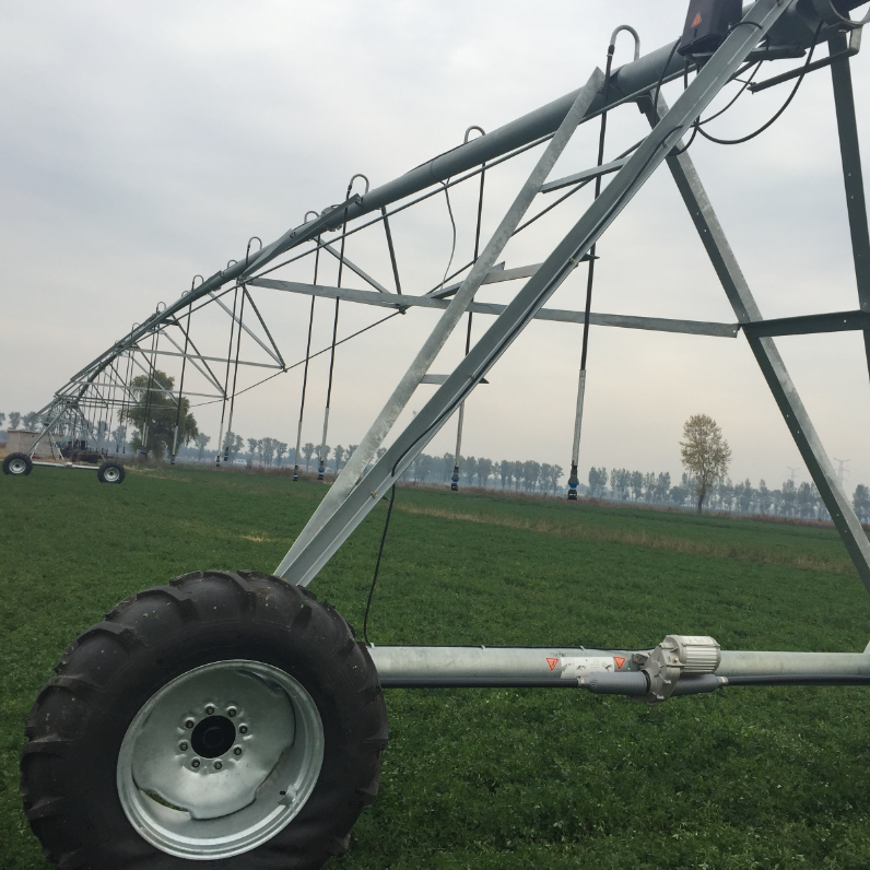 China High quality Mobile Center Pivot Irrigation Cost