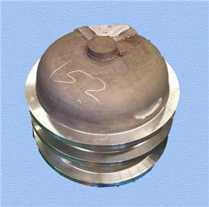 Gas-insulated switchgear tank cover
