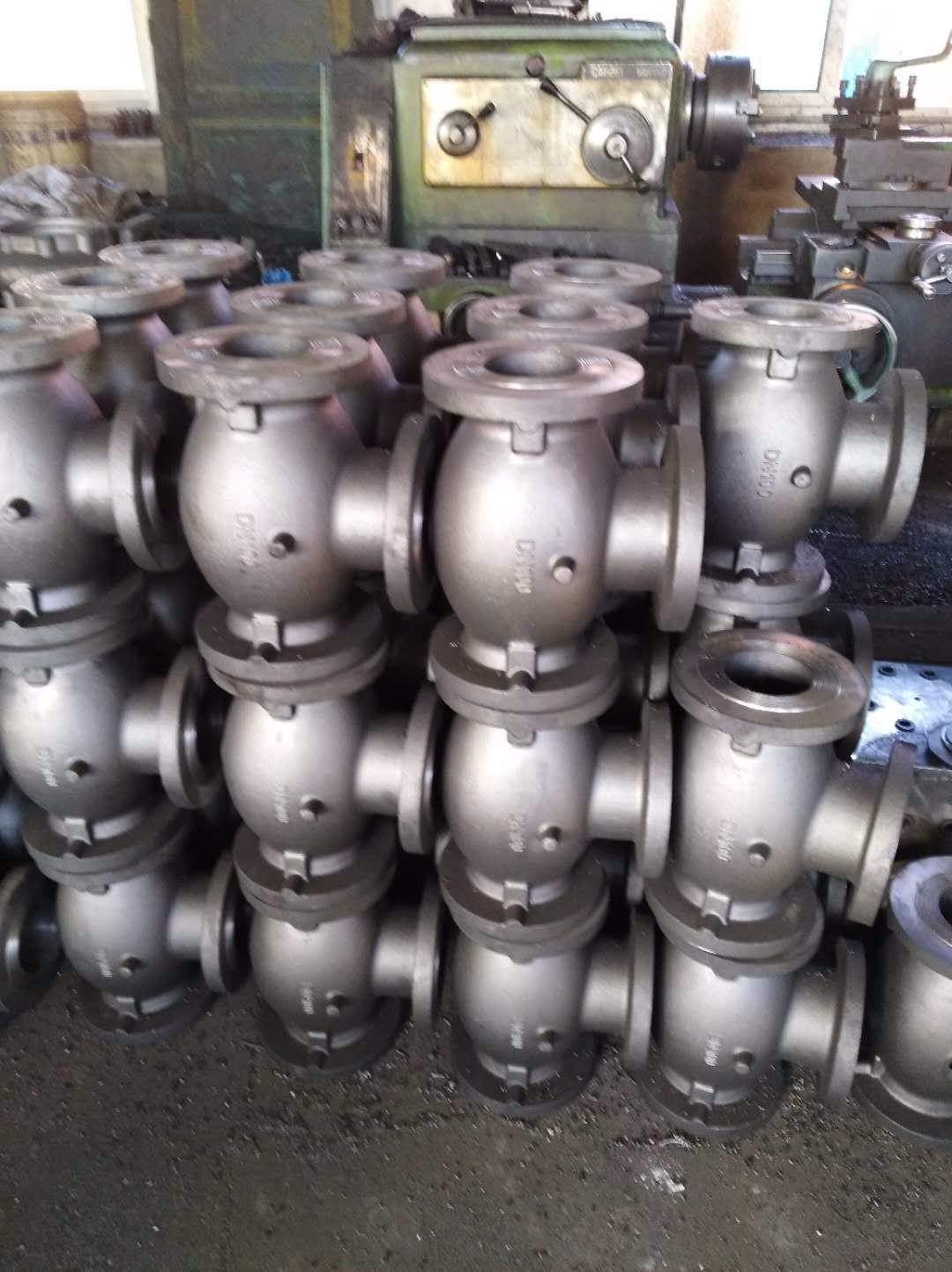 Cast iron valve housing