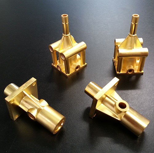 DIFFERENCE BETWEEN COPPER, BRASS AND BRONZE