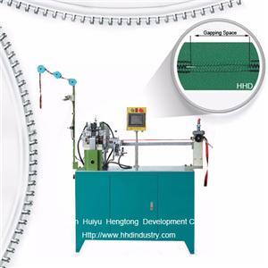 Auto Nylon Zipper Double Side Gapping Machine