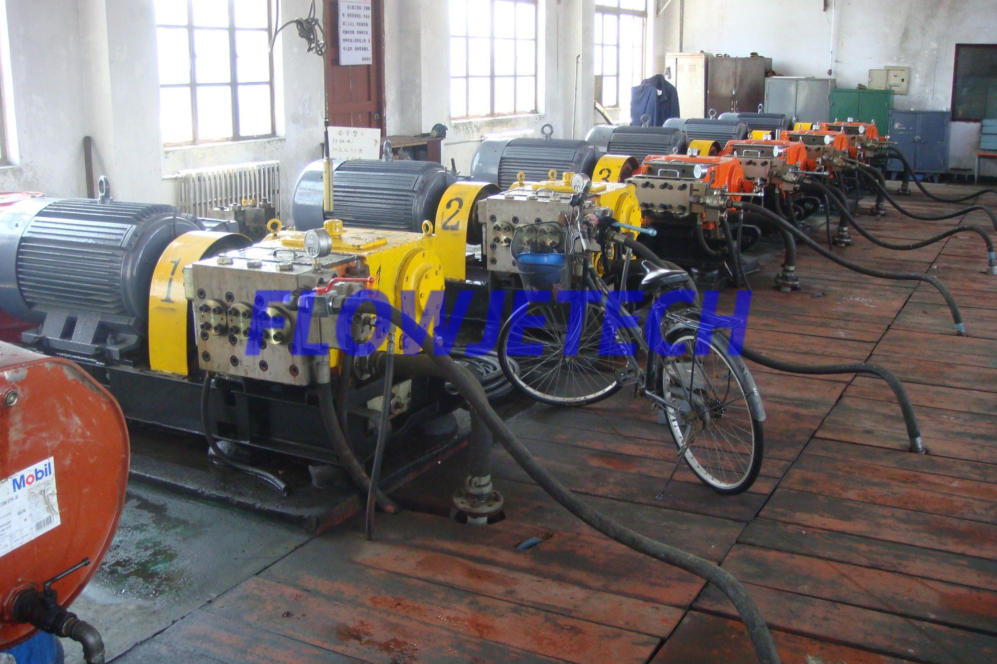 300Bar 200LM pump station(shipyard piping system cleaning0.jpg