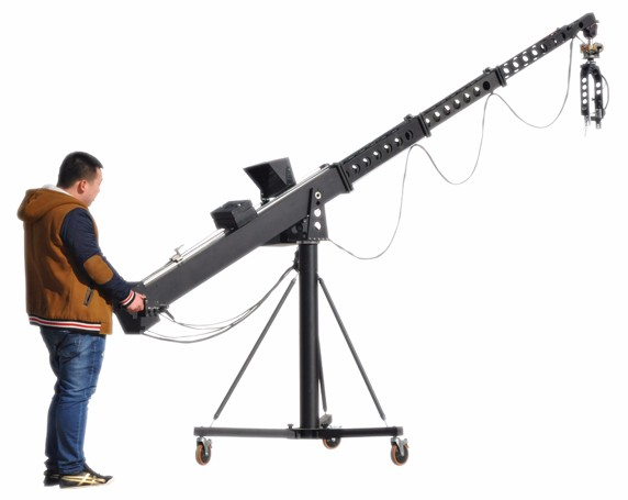 Attention should be paid to the selection of the camera crane