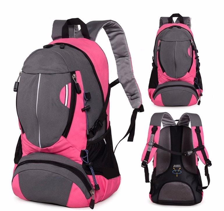 ergonomic camel backpack hiking