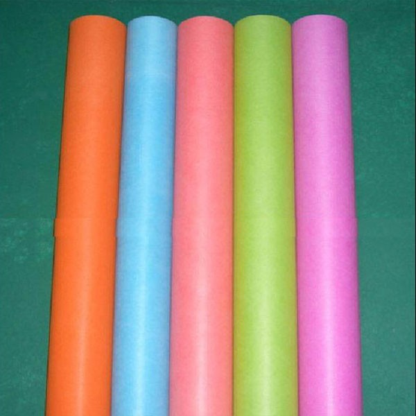 Eco friendly colorful PP spunbond non woven fabric roll