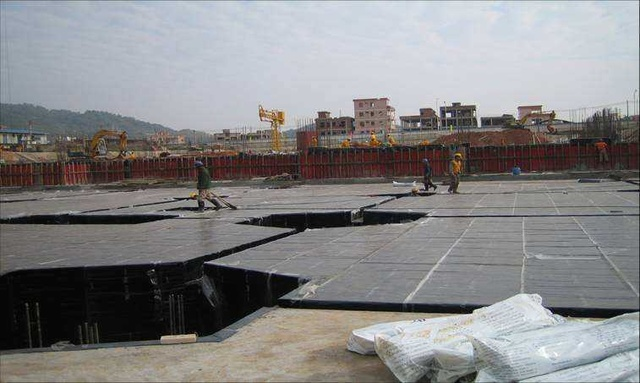 Precautions for self-adhesive waterproofing membrane laying