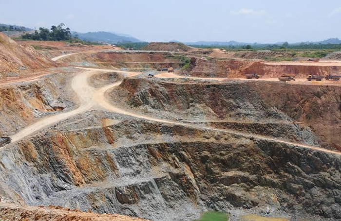 Urgent! Sante now need to import the source of oxide ore mine