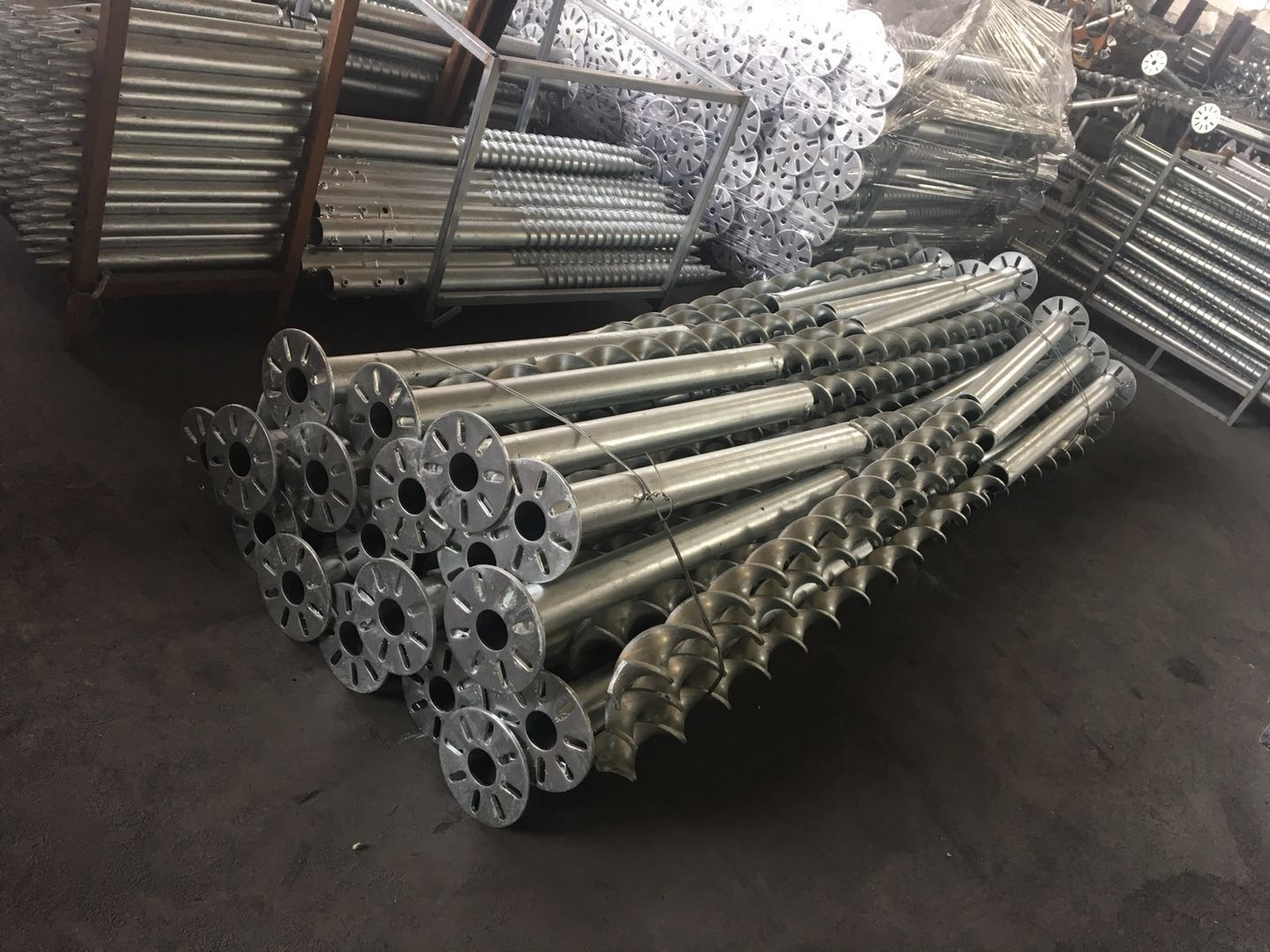 China Galvanized Steel Ground Screw for Solar Mounting Structure