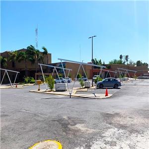 Sistema di scaffalature solare a doppio posto auto coperto