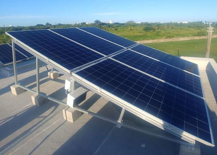 Proyecto de estructura de techo plano de 550KW terminado en México