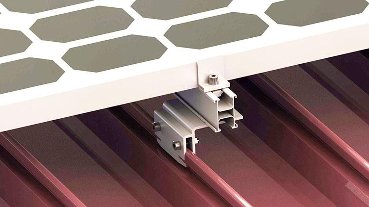 Morsetti per tetti a cremagliera solare