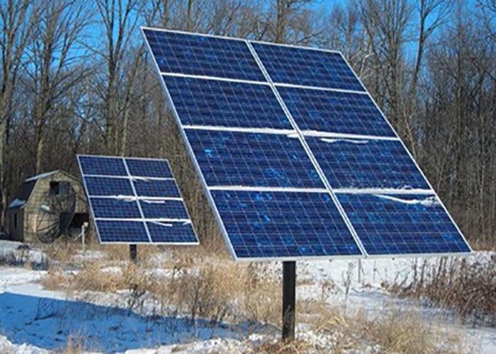 Système de montage de poteau solaire de 50 KW au Japon