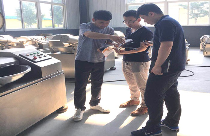 Korean customers came to visit Osaint Group and ordered sausage machines