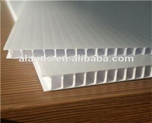 4mm Corrugated plastic sheet 4x8/ Coroplast with low price