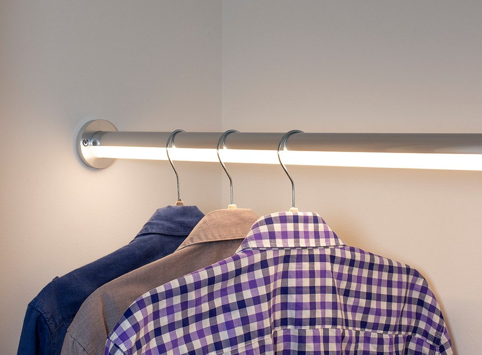 R34 wardrobe light Project