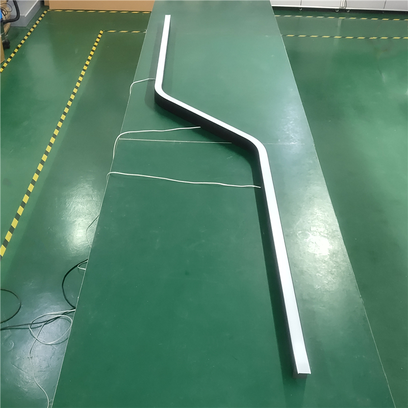 C50N Linear curved LED Fitting