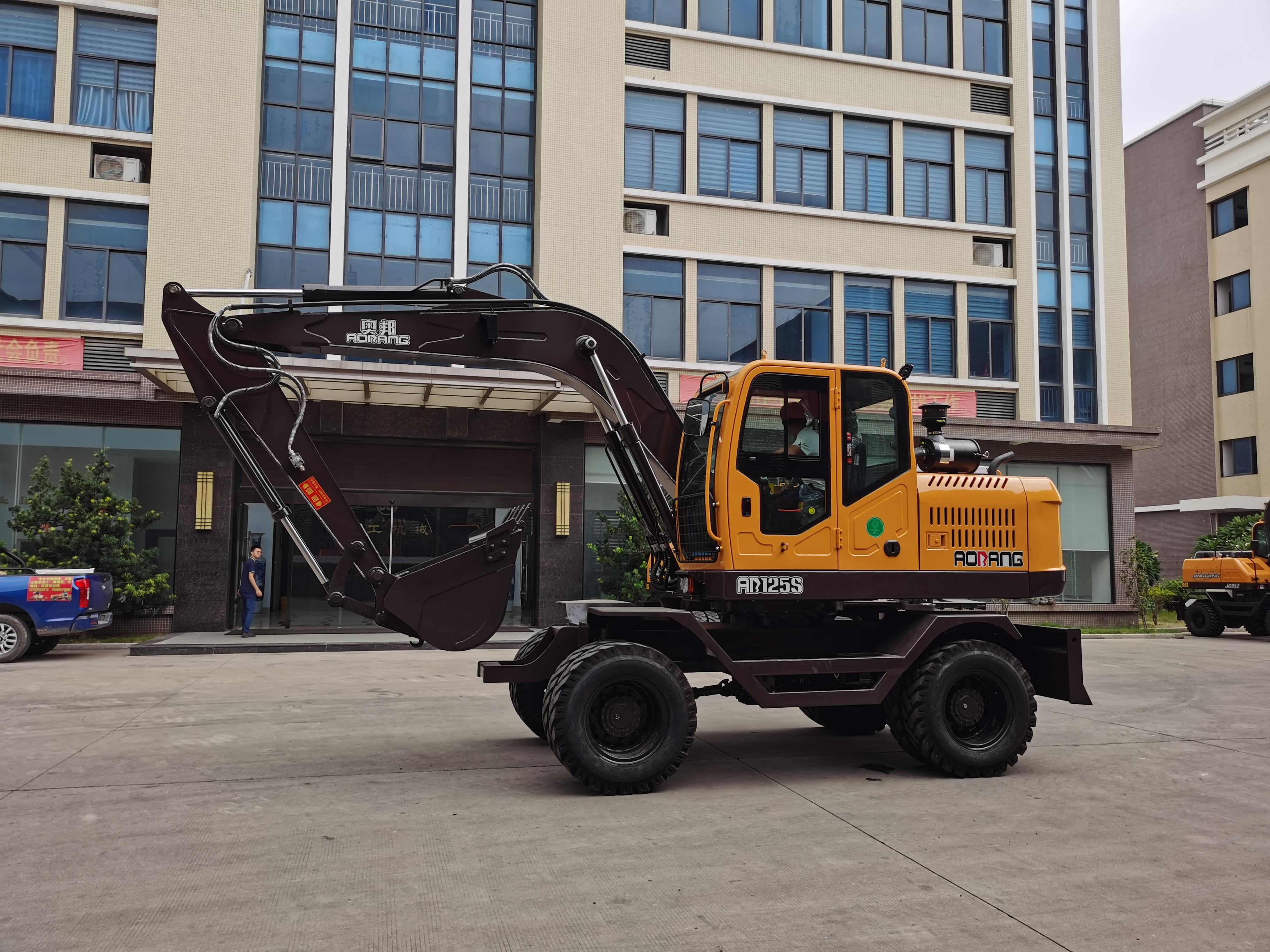 JG125S Wheel Excavator with Wheel Side Deceleration