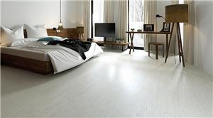 How does the SPC floor color match the home look better?
