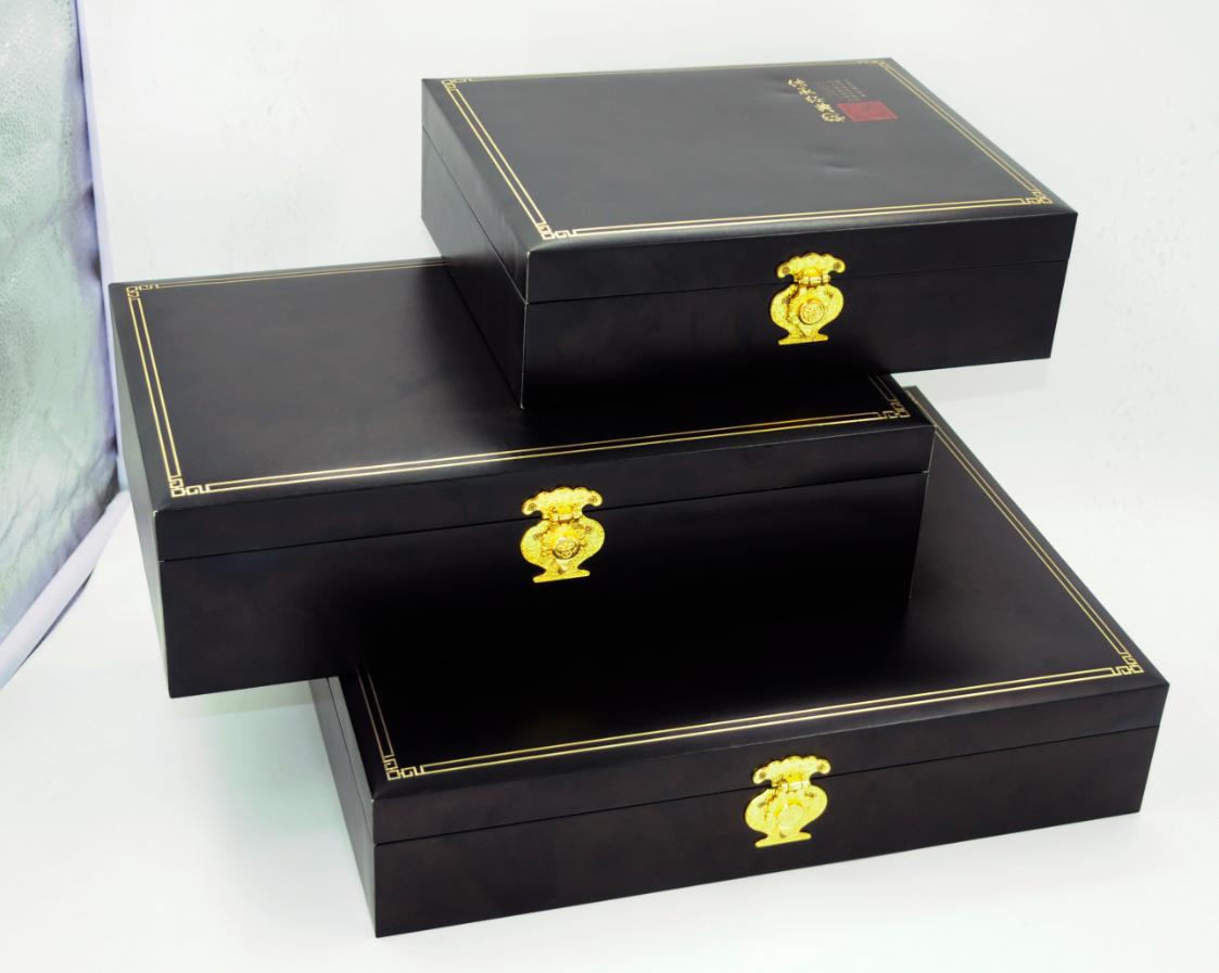 Buy the custom packaging boxes