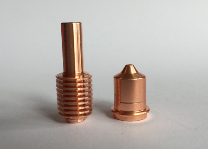 plasma cutting torch electrode and nozzle