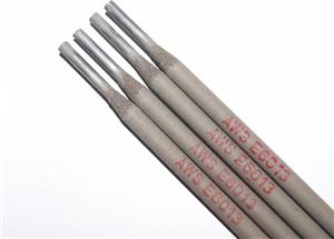 Acero al carbono y electrodo de soldadura de acero suave