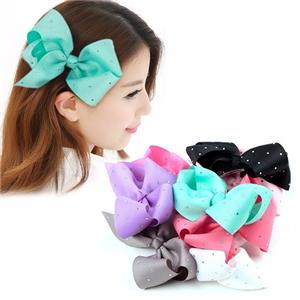Look here!Look here, To make a beautiful ribbon bow in three minutes.