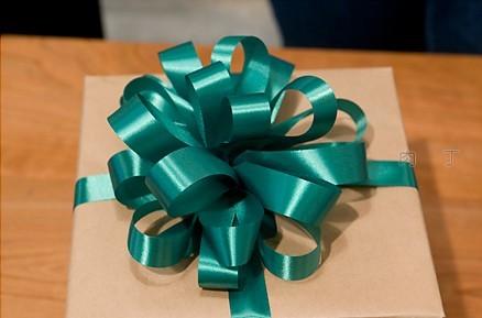handmade ribbon bow