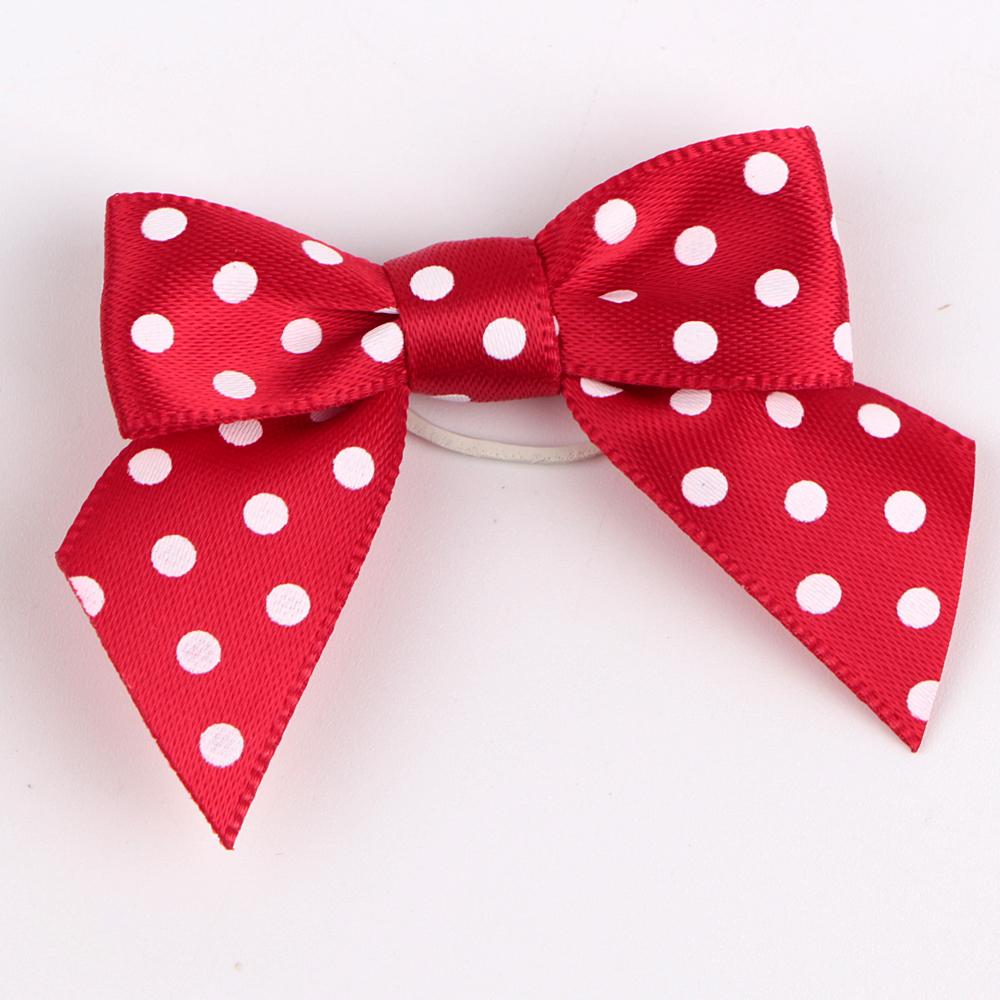 satin ribbon printed with dots