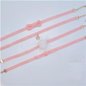 The most popular combinations——Ribbon with choker!