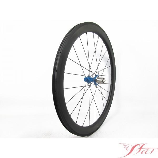 Sans Chambre à Air: Le Vélo De Route De 50mm Roule Sans Chambre à Air Avec Le