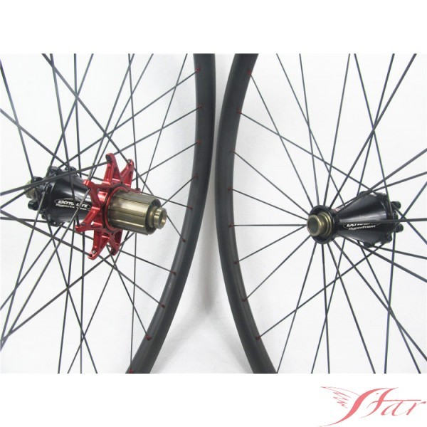 Light Weight 29er Carbon Wheels Mountain Bike Clincher With Extralite Disc Hub Manufacturers, Light Weight 29er Carbon Wheels Mountain Bike Clincher With Extralite Disc Hub Factory, Supply Light Weight 29er Carbon Wheels Mountain Bike Clincher With Extralite Disc Hub