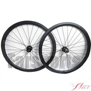 Disc Brake 38mmx23mm Carbon Clincher With Novatec Disc Hub