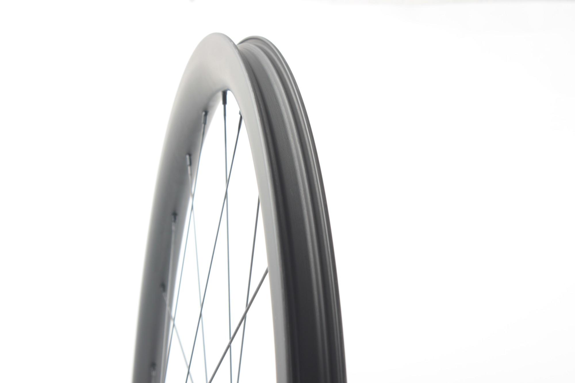 China Straßenräder Kohlenstoff 700c handgefertigter Rennrad-Radsatz Manufacturers, China Straßenräder Kohlenstoff 700c handgefertigter Rennrad-Radsatz Factory, Supply China Straßenräder Kohlenstoff 700c handgefertigter Rennrad-Radsatz