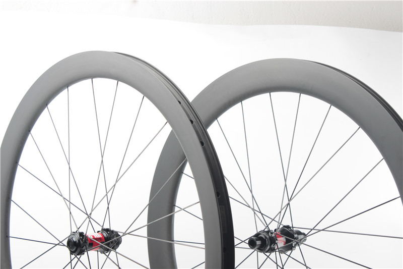 carbon wheels for gravel riding