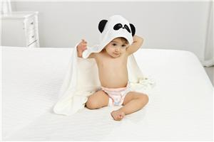 cute animal design bamboo fiber hooded baby bath towel