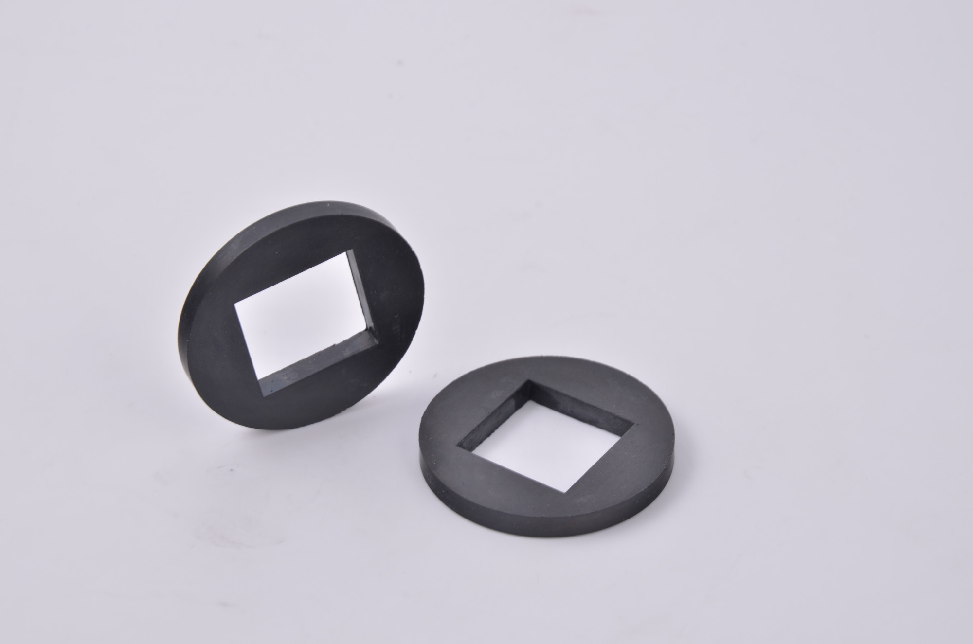Rubber metal mixing parts
