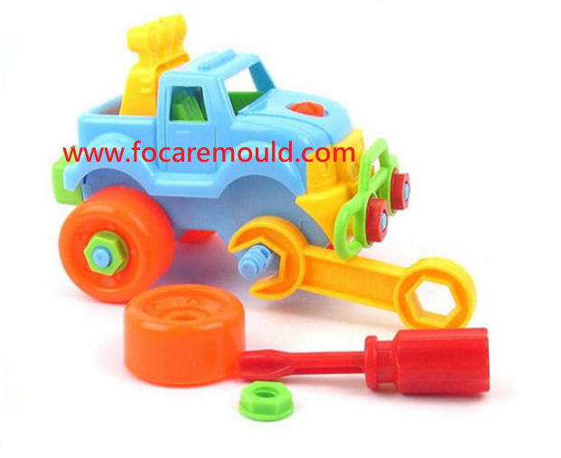 Plastic toys injection molds