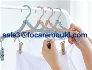 Foldable travel hanger plastic injection mold