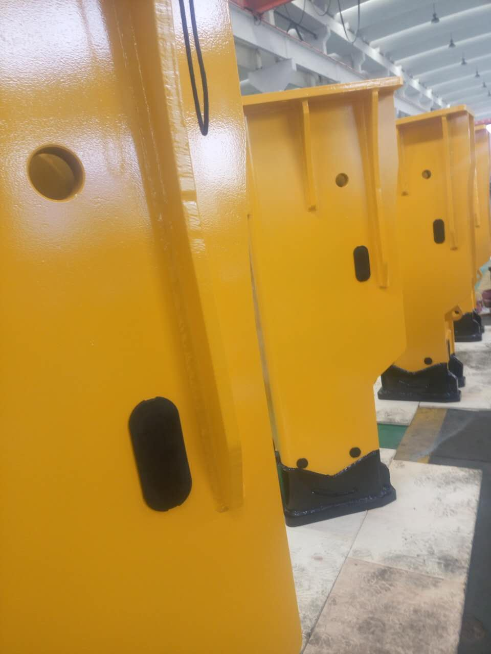 hydraulic breakers manufacture