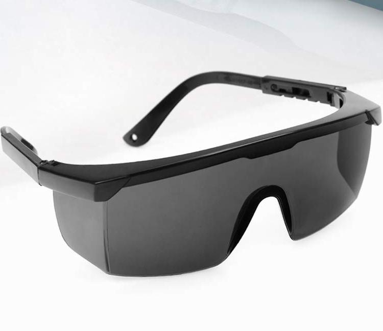 Kính an toàn bảo vệ mắt