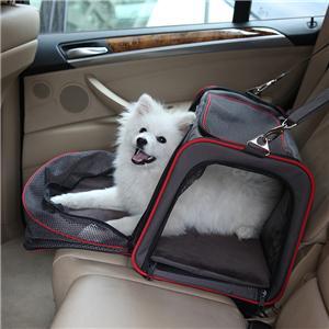 개들은 고양이를위한 확장 가능한 부드러운 애완 동물 운반선을 승인했습니다
