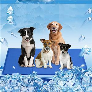 애완 동물 강아지 자기 냉각 매트 패드 애완 동물을위한 매트를 냉각