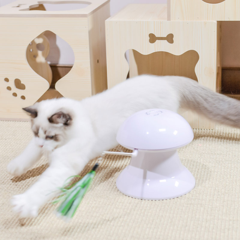 Factory direct sale Automatic Rotating Laser Cat Toy Funny Interactive cat toy