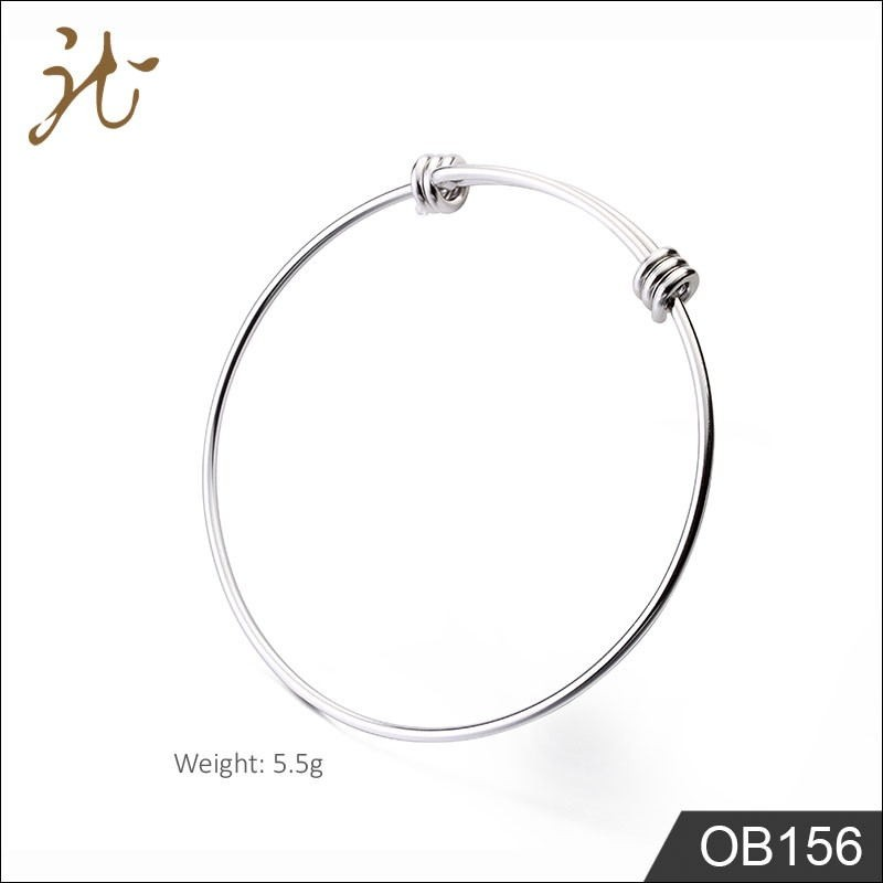 Classic adjustable wire bangle